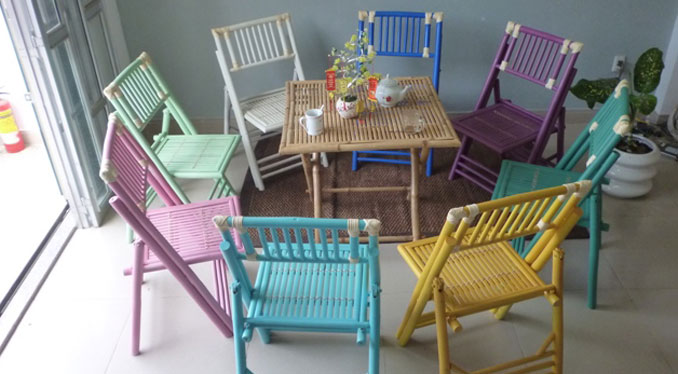 MIX COLOURED BAMBOO TABLE AND CHAIR SET
